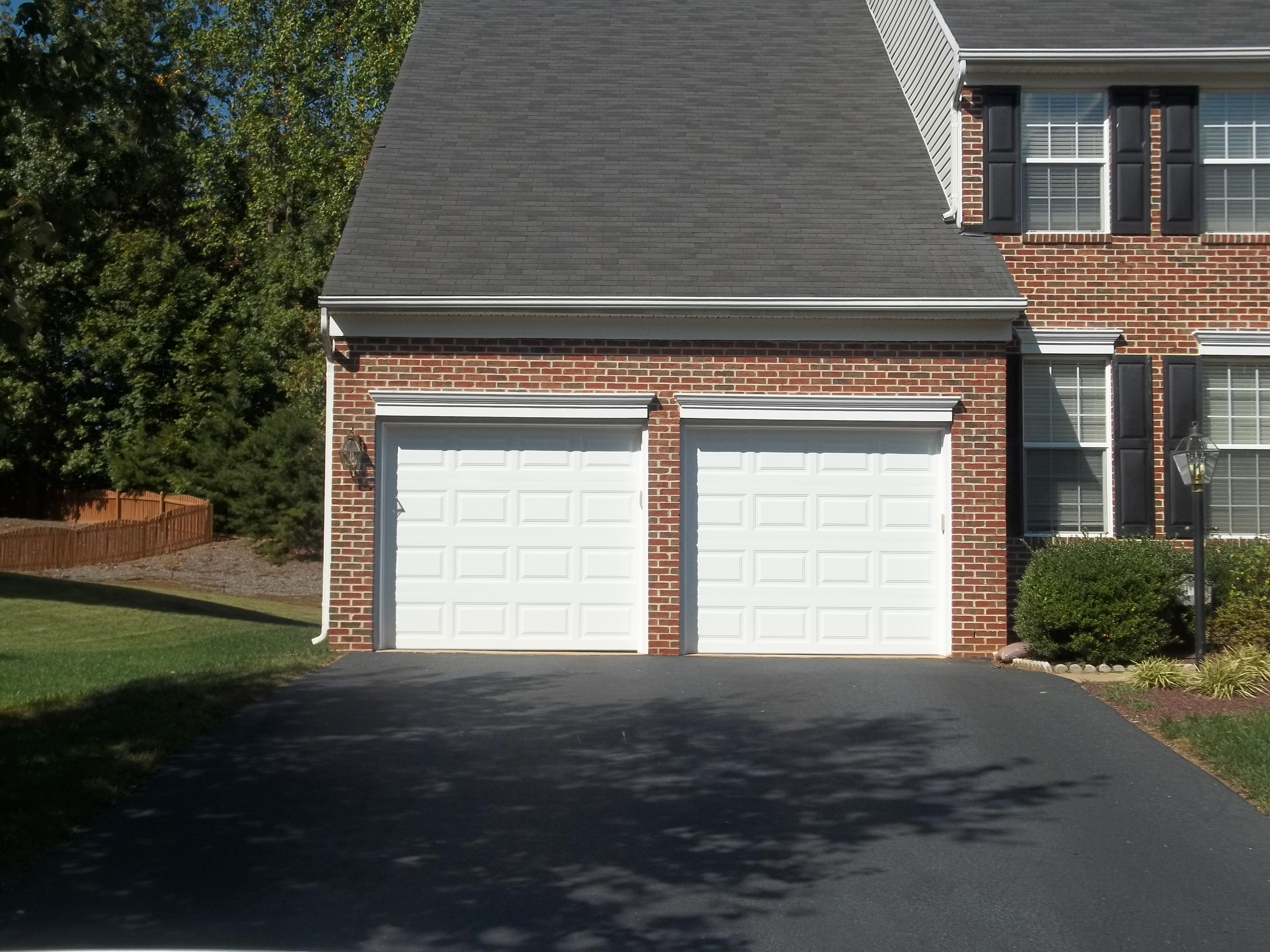 15514 P&lin Pipe Ct Manassas Va 20112 & Clopay 4050 Series Garage Door in Manassas Virginia - Affordable Door